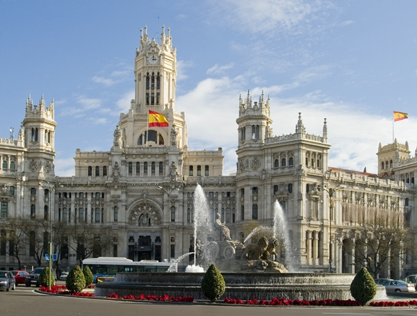 Madrid Cibeles Fountain and townhall